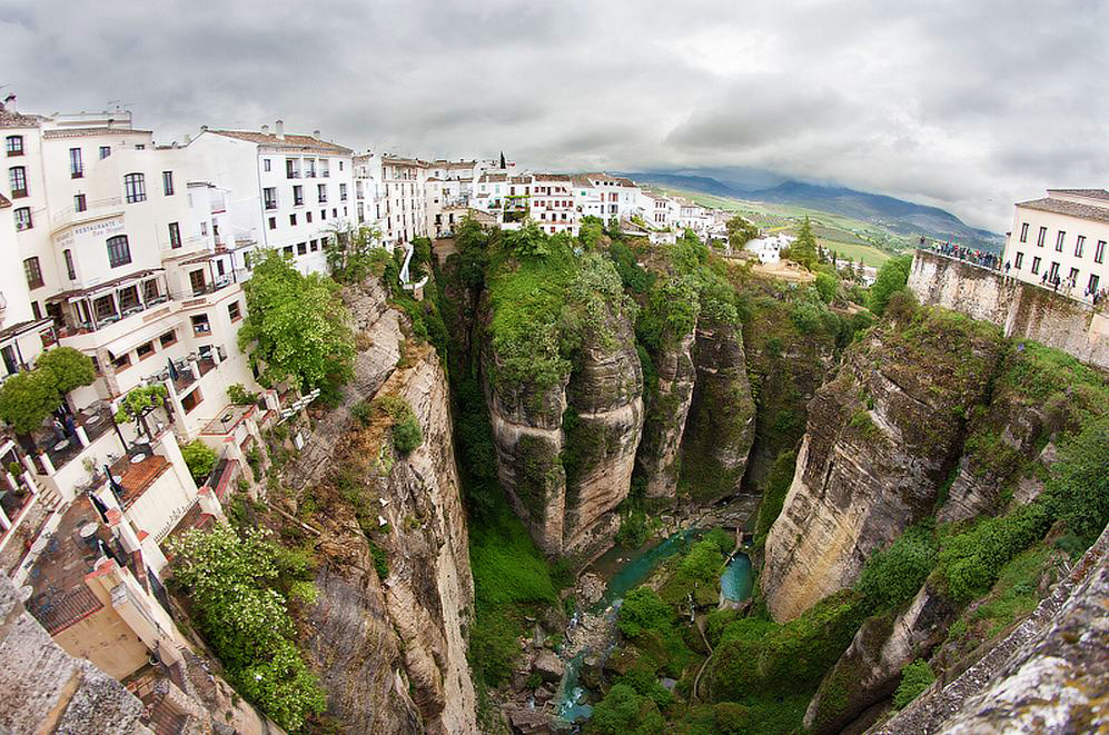 Descubre las maravillas que esconde la ciudad de ronda for Oficina de turismo ronda