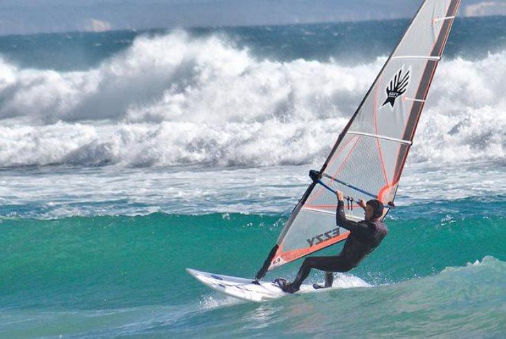 Ibiza-deportes-acuáticos-a-pleno