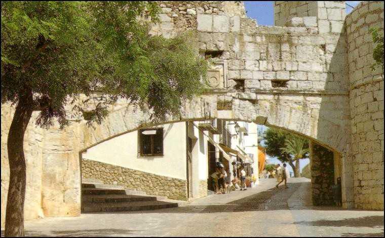 castillo_peniscola_puerta_san-pere