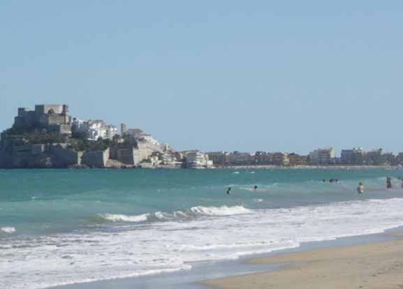 Niumba incluye la playa norte de peñíscola como uina de las mejores de españa